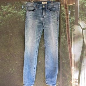 """Madewell Skinny Jeans 9"""" Rise Size 27"""